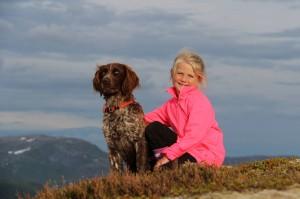 Bjørlias Turte og Sofie på fjelltur i Bjørlia Foto: Målfrid Vatne
